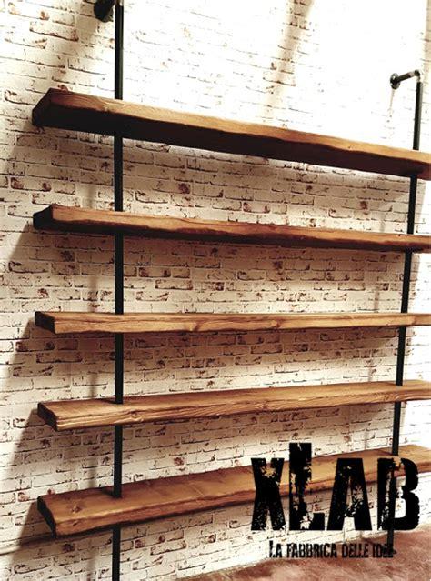 libreria da parete libreria da parete in legno e tubolari semplici in ferro