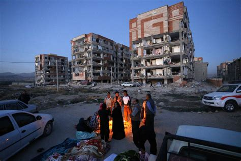 earthquake iran iran iraq earthquake kills more than 400 toronto star