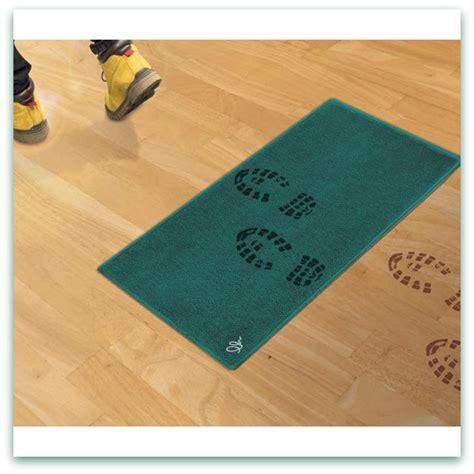 il tappeto magico indispensabile in casa il tappeto magico asciugapassi