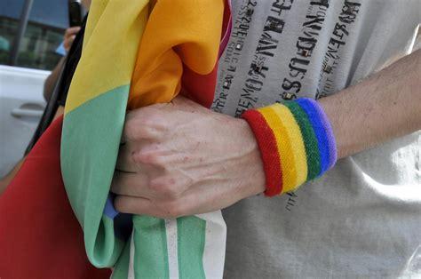lesbiche in vietato l ingresso a e lesbiche in indiana usa si pu 242