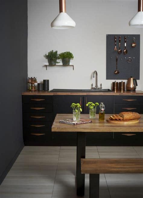 peinture pour table de cuisine comment peindre un mur table en bois cuisine style en bois