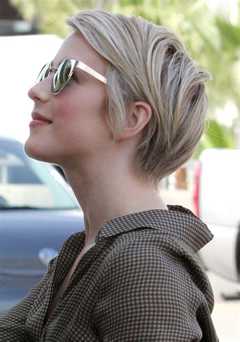 how to do julianne hough short hair   Hairstyles Blog