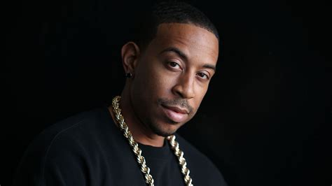 who is black singer in manning cm event ludacris live at hammersmith apollo musicalize