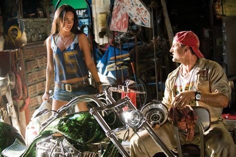 Megan Fox Transformers Motorrad by Megan Fox Transformers Motorcycle Www Imgkid
