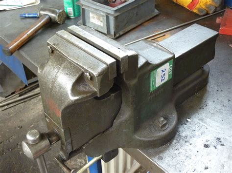 quick release bench vice woden 6 quot quick release bench vice 1st machinery