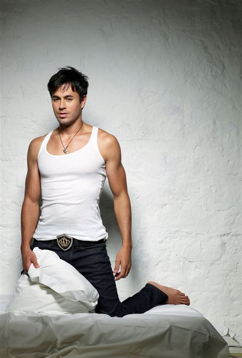 biography enrique iglesias best 25 enrique iglesias biography ideas on pinterest