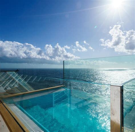 infinity pool aidaprima kreuzfahrt reedereien bieten luxus in der neuen ersten