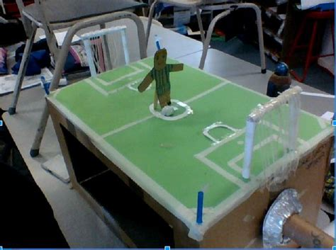 How To Make A Stadium Out Of Paper - how to make a soccer player move