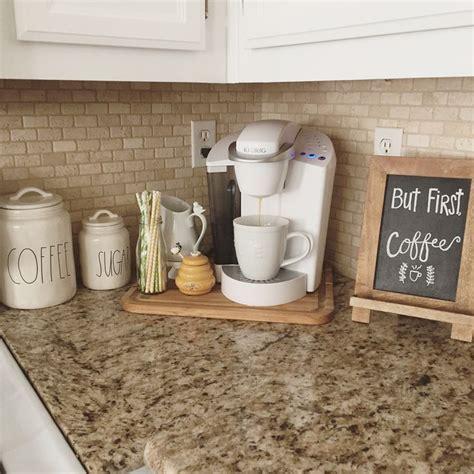 coffee kitchen decor ideas best 25 coffee corner kitchen ideas on keurig