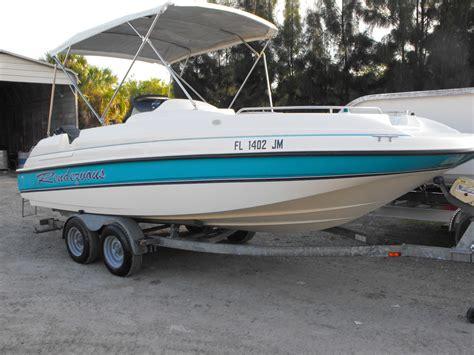 bayliner rendezvous 1997 deck boat 21 2001 mercury 200 - Bayliner Boat Horsepower