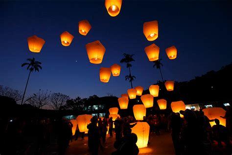 candele cinesi lanterne cinesi causano incendio a posillipo denunciata