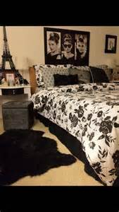 25 best ideas about parisian bedroom on