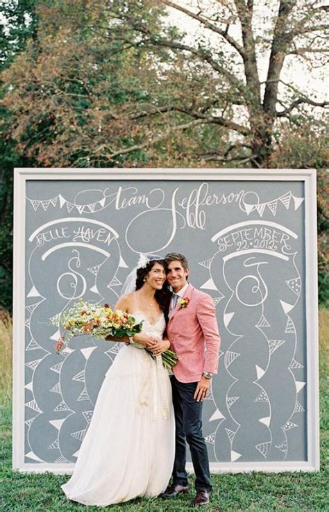 Wedding Photo Booth by 10 Diy Wedding Photo Booths The Creative