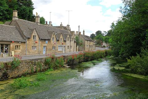 Cottages In Bibury by Cottages In Bibury Cotswolds By Andrew Periam