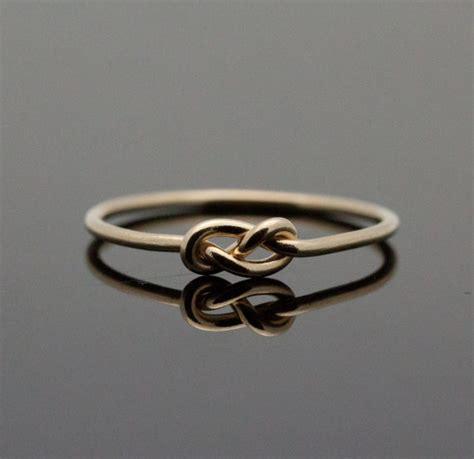 widow drops wedding rings in kettle asks salvation