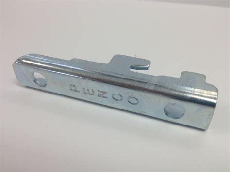 Shelf Clip by Penco Clipper Standard Shelf