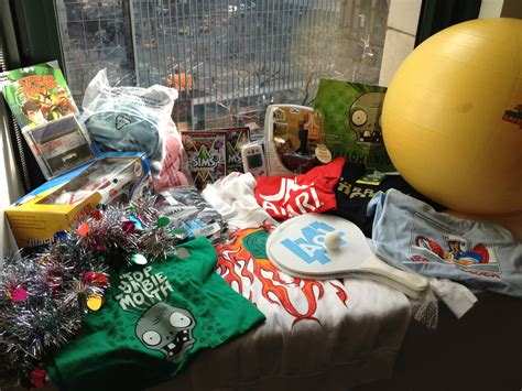 Free Stuff Giveaway - games com s epic end of year free stuff extravaganza giveaway aol news