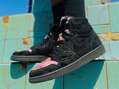 Nike Air 1 Retro Hi Los Primeros Pomb Sepatu Jalan Pria Premi air 1 retro high og los primeros on october 13 sneaker