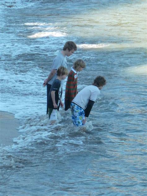 get wet kids wet pictures free download
