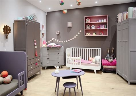 couleur de peinture pour chambre enfant couleur jaune chambre bebe