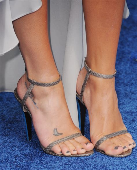 kelly ripa tattoo ripa removal images