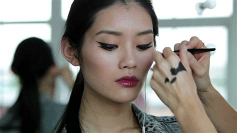 Make Up Xi Xiu make up asian gif find on giphy