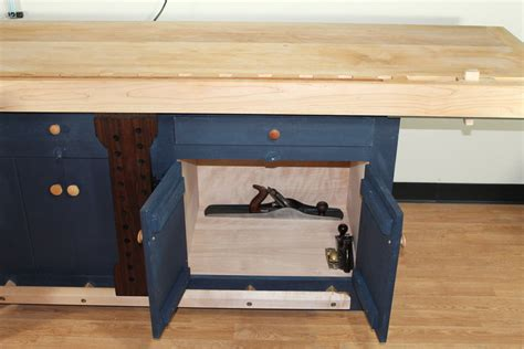 another benchcrafted shaker workbench by carterr lumberjocks com woodworking community