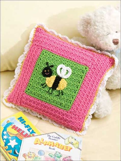 Easy Crochet Pillow Patterns by Miscellaneous Crochet Easy Crochet Patterns Bee Pillow Free Easy Crochet Pillow Pattern
