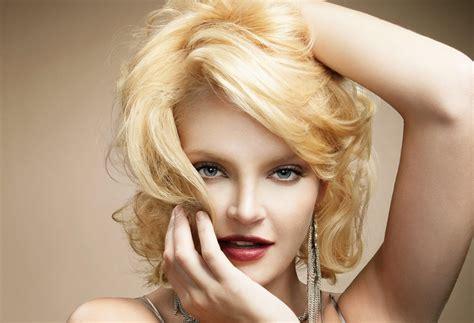 redken hair salon model brown hairs