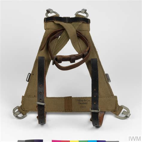 carrying harness m1939 a frame combat load carrying pack harness german equ 3985