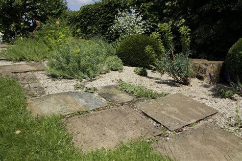 Vorschläge Gartengestaltung Kies by Gro 223 Z 252 Gige Kiesfl 228 Chen Zinsser Gartengestaltung