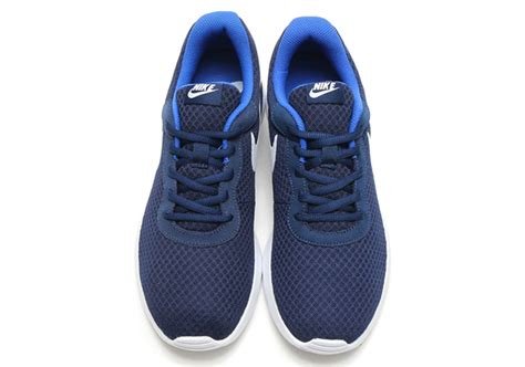 Nike Air Tanjun Trainer Midnight Navy nike made another sneaker like the roshe called the tanjun