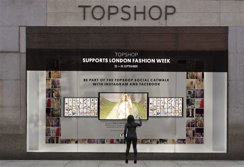 T2b Shopping Topshop Experience And Then Some by 13 Retail Companies Using Data To Revolutionize