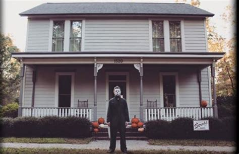 the myers house your chance to live inside a replica of the michael myers house bloody disgusting