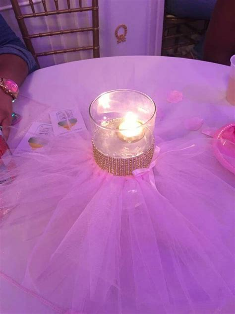 Tutu Centerpieces For Baby Shower by 1000 Ideas About Tutu Centerpieces On