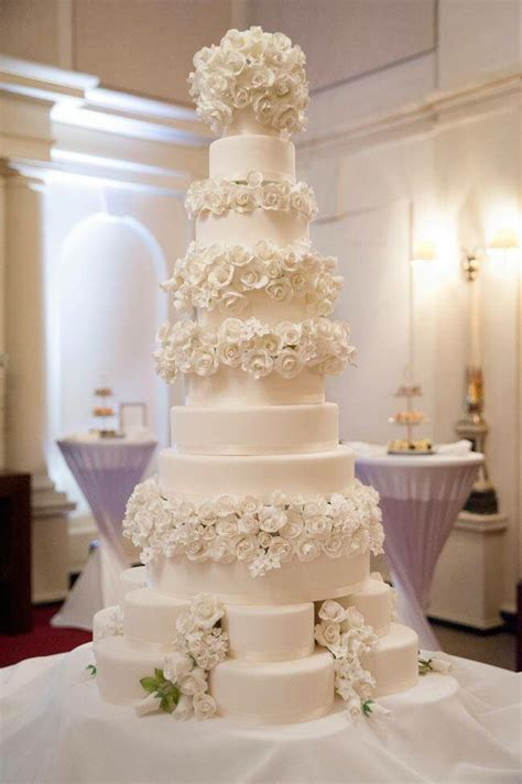 17 Best images about Cake   6 Tiers or More Wedding Cakes