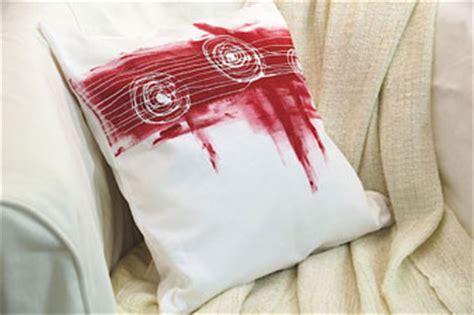 Textilfarbe Zum Bemalen by Javana Textilfarbe Stoffmalfarbe Glitterpen Prima Basteln