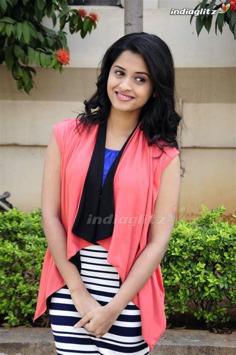 malayalam actress new gallery arthana photos മലയ ള actress photos images gallery
