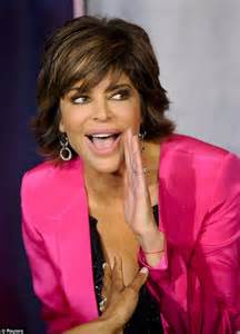 lisa rinna flat irom lisa rinna gets in shape with yoga before going