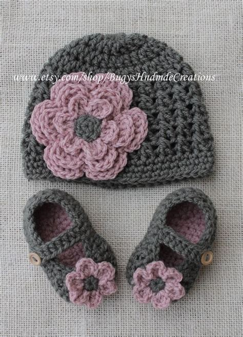acorn hat so cute crochet love pinterest i so want to learn to crochet projects like this i love