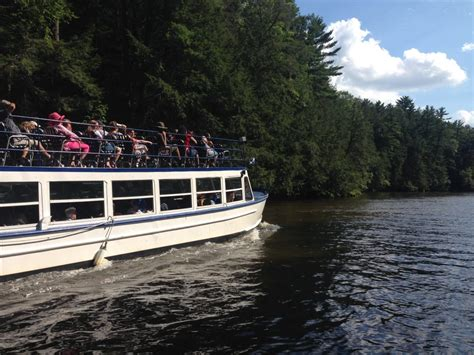 boat tour wisconsin dells wisconsin dells come to play stay to play discover