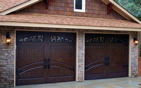 Mahogany Garage Door 2 Single Car Garage Doors Finished In Rustic Distressed Mahogany Www Masterpiecedoors 678