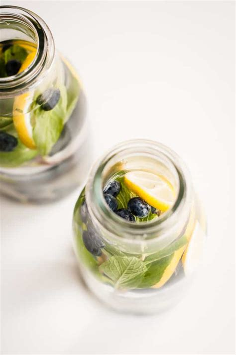 Blueberry Lemon Detox Water by 14 Easy Ways To Detox Daily Aol Lifestyle
