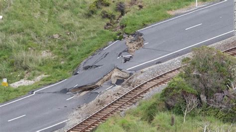 earthquake in new zealand new zealand thousands stranded after earthquakes cnn