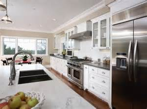 Kitchen Soffit Ideas by Pin By Lisa Helfrich On Kitchen And Laundry Room Pinterest