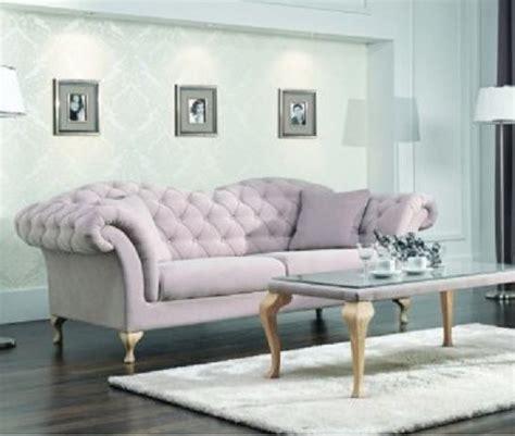 Couch Sofa Settee De Paris Is Een Nostalgische 3 Zits Bank Uitgevoerd Met
