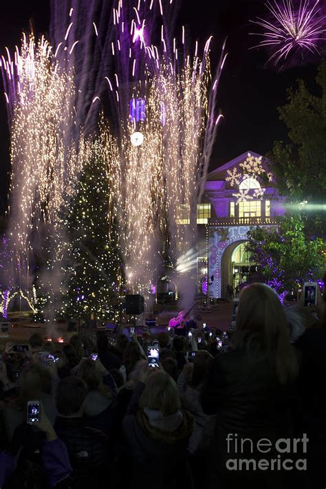 tcu tree lighting 2017 tcu christmas tree lighting celebration photograph by greg