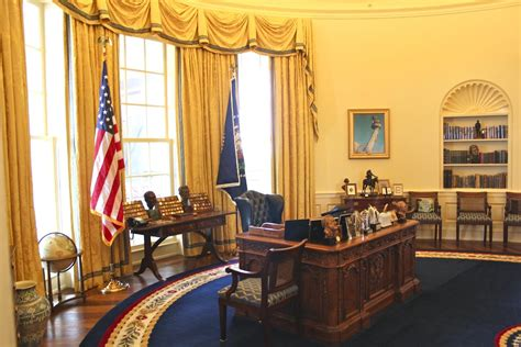 clinton oval office little rock arkansas rocks big time with arts and culture