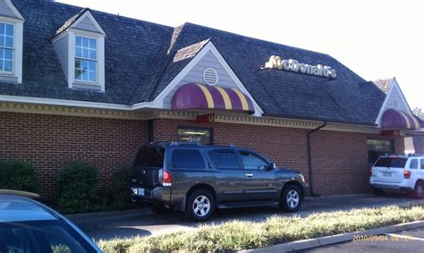 Chester Macdonald Also Search For Mcdonald S Takeaway Fast Food 10300 Iron Bridge Rd Chester Va United States