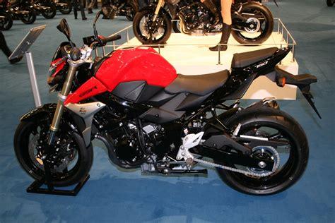 Einsteiger Motorrad Sporttourer by Suzuki Gsr 750 Feuerstuhl Das Motorrad Magazin